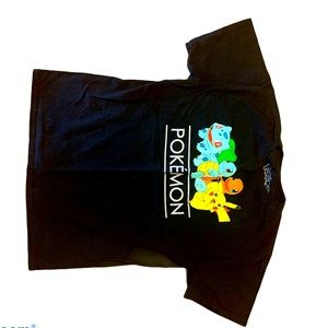 Pokeman Collectors T-shirt Size large
